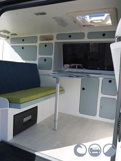 83 Camper Van Conversion That You Must Know - decoratop Kangoo Camper, T5 Camper, Sprinter Camper, Camper Trailers, Vw T3 Westfalia, Vw Minibus, Combi Hippie, Kombi Clipper, Van Vw