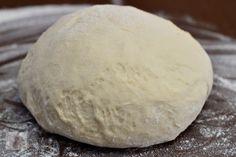 Pizzette cu salam - CAIETUL CU RETETE Pizza, Bread, Sim, Food, Eten, Bakeries, Meals, Breads, Diet