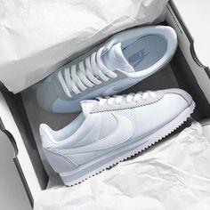 Sneakers women - Nike Cortez (©stephmvrphz)