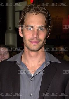 Paul at FF Premiere in Sydney 7th Sept 2001