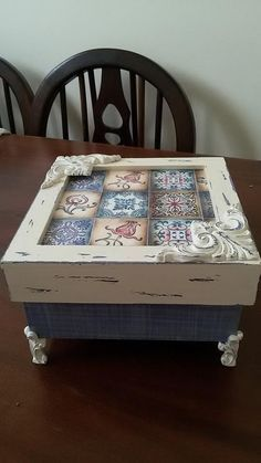 . Vintage Crafts, Vintage Wood, Painted Boxes, Wooden Boxes, Diy Projects To Try, Wood Projects, Kids Furniture, Painted Furniture, Shabby Boxes