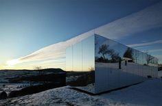Das unsichtbare Spiegelhaus https://www.langweiledich.net/das-unsichtbare-spiegelhaus/