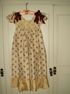 Cream Silk Printed Antique Victorian Children Pinafore Dress - Victorian Edwardian Childrens Clothing Apparel - The Gatherings Antique Vintage