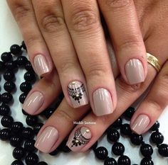 No automatic alt text available. Wonder Nails, Taupe Nails, Cute Spring Nails, Bright Nails, Sexy Nails, Stylish Nails, Simple Nails, Manicure And Pedicure, Pretty Nails