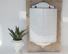 Fontaine émaillée ou grand vase irrigateur par FrenchTouchBoutique