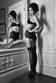 Love the mirror idea again!