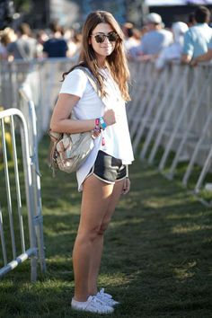 Lollapalooza music festival street style. casual and cute in white Vans authentics