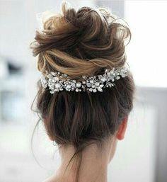 Classic Wedding Hair, Messy Wedding Hair, Wedding Hair And Makeup, Perfect Wedding, Wedding Updo, Boho Wedding, Rustic Wedding, Trendy Wedding, Bridal Updo
