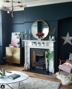 36 Outstanding Blue And Gold Living Room Decor #livingroom #livingroomdesign #livingroomideas