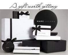 Free Gift Wrapping & Shipping at Marc Jacobs - GLAMAZON DIARIES