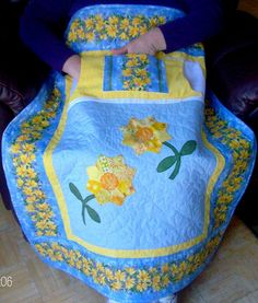 Buy Daisy Lovie Lap Quilt $75.00 from http://www.homesewnbycarolyn.com