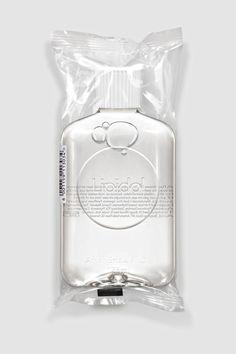 Lipidol After Shower Oil Skincare Packaging, Perfume Packaging, Bottle Packaging, Cosmetic Packaging, Beauty Packaging, Brand Packaging, Water Bottle Design, Branding, Packaging Design Inspiration