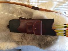 Waxy Dark Brown & Cherry Brown Tri-Harness Back Quiver Back Quiver. Right Handed.