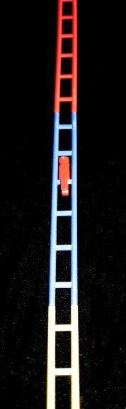 Saltimbanqui de Dunkin. Tuve un montón porque me encantaban y hacía una escalera larguísima para ver caer al muñequito.