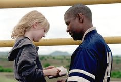 """Hi, I've been looking everywhere for the jacket worn by Denzel Washington in """"Man on Fire"""" but had no luck at all. :( If you haven't seen the film then I r Denzel Washington, Lisa Gerrard, Fire Movie, Movie Tv, Tony Scott, Man On Fire, Cinema, Film Serie, Movie Photo"""