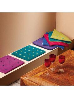 Lana Grossa Sitzkissen FELTRO uni/print Wet Felting, Needle Felting, Felted Slippers, Cushions, Pillows, Needle And Thread, Felt Crafts, Weaving, Diy Projects