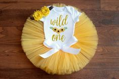 First Birthday Outfit Girl, One Year Birthday, First Birthday Shirts, Fall Birthday, Birthday Tutu, 1st Birthday Girls, Sunflower Birthday Parties, 1st Birthday Parties, Birthday Ideas