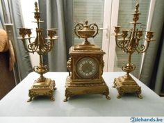 prachtige zware bronzen klok met kandelaars +- 1880 Frankrijk dit is een originele en geen kopie van Franz Hermle in zeer goede en werkende staat(moet...