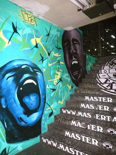 mural bond street