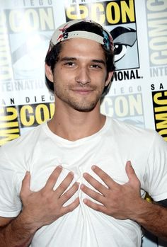 Actor/producer Tyler Posey attends the 'Teen Wolf' press line during Comic-Con International 2016 at Hilton Bayfront on July 2016 in San Diego, California. Teen Wolf Scott, Tyler Posey Teen Wolf, Without A Trace, Scott Mccall, Wedding Quotes, Wedding Humor, Smallville, Mtv, Tyler Garcia Posey