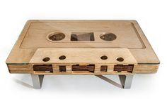 designer tisch - kassettenband aus holz