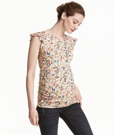 MAMA Jersey Top | Powder/floral | Ladies | H&M US- Too bad it's maternity. I want this for me.