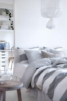 10+ bästa bilderna på Stuga sovrum | stuga sovrum, sovrum