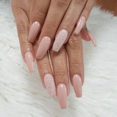 nails 36 Sparkle Glitter Acrylic Nail Designs Ideas For Short Square & Almond Nails Essie, Opi, Best Acrylic Nails, Acrylic Nail Designs, Nail Polish, Gel Nails, Coffin Nails, Fancy Nails, Cute Nails