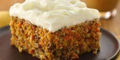 Try this Carrot Cake Recipe from Betty Crocker – Pastel de receta sencilla Round Cake Pans, Round Cakes, Cracker Barrel Carrots, Betty Crocker Carrot Cake, Rose Bakery, Make Cream Cheese, Best Carrot Cake, Carrot Cakes, Icing Ingredients