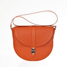 Made to order handmade Italian leather handbag Italian Leather, Saddle Bags, Leather Handbags, Handmade, Leather Totes, Hand Made, Sling Bags, Craft, Leather Bags