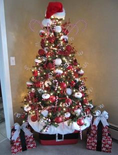 Beach Themed Christmas Tree | National Enquirer Christmas Tree Tattoo 1986 Palm Beach Post Staff ...