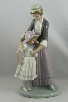 """Lladro Mother  Daughter Figurine 5142 """"SOLACE"""" Retired 1991"""