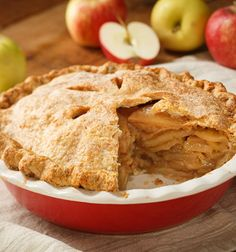 """We  National Apple Pie Day, """"America's favorite dessert"""", annually on May Happy National Apple Pie Day From All Of Us at Antonio's at Nature's Paradise Day Spa & Salon! American Apple Pie, Best Apple Pie, Apple Pies, Apple Pie Recipes, Apple Desserts, Baked Apples, Caramel Apples, Dessert Recipes, Yummy Food"""