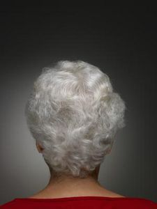 How to Whiten White & Silver Hair.  Baking soda and water paste, then silver shampoo, then conditioner.