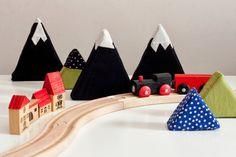 Maija Ukko | foam soft mountains ✭ KIY kids toy