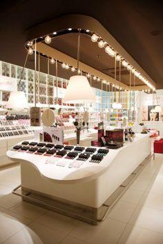 http://www.cosmetiquemag.fr/Reperes/Visites-de-magasins/Les-Bellista-by-Nocibe/
