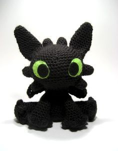 23 Geeky Crochet Creations That'll Leave You in Stitches - Toothless (I want to make this!!!!)
