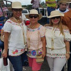 #camisolas #mundillos #tradiciones mis bellas clientes
