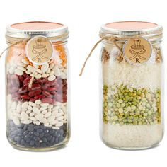 Layer ingredients for homemade soup in a Mason Jar. Add a tag for gifting or keep them for colorful decor in your kitchen