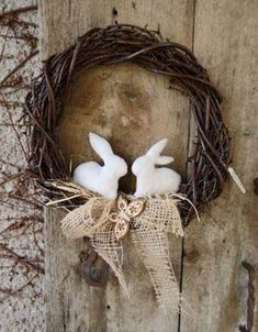 Over 27 DIY Easter and Spring Wreath & Door Decorations - Think Spring! Bunnies, Butterflies, Flowers - Ideas to brighten for your front door - Easy to make & Hoppy Easter, Easter Bunny, Easter Eggs, Easter Projects, Easter Crafts, Bunny Crafts, Easter Decor, Easter Ideas, Diy Wreath