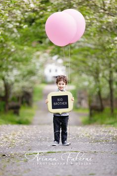 Great picture for a gender reveal!  Super cute!
