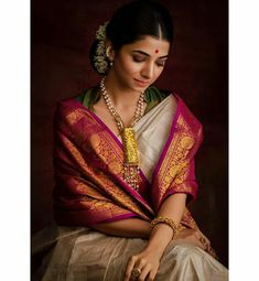 To make it easier for you, we have the top trending beautiful silk saree blouse designs so that you can choose the best for your saree look. Silk Saree Blouse Designs, Silk Sarees, Indian Sarees, Bengali Saree, Blouse Patterns, Indian Dresses, Indian Outfits, Indian Clothes, Saree Poses