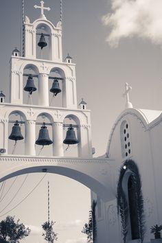 Santorini Churches   Greece   Eva Rendl Photography #santorini #greece #karterados