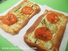 Hojaldres de calabacín, queso y tomate