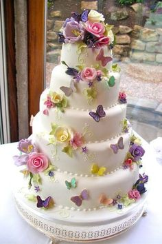 Butterfly Wedding Cakes That Will Make Your Heart Flutter Fancy Cakes, Cute Cakes, Pretty Cakes, Beautiful Wedding Cakes, Gorgeous Cakes, Amazing Cakes, Beautiful Cake Designs, Decoration Patisserie, Quinceanera Themes