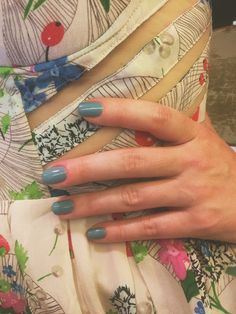 Tenoverten's faded denim blue nail polish is the perfect non-neutral neutral!  Just like your favorite pair of jeans, you'll reach for this polish over and over again.