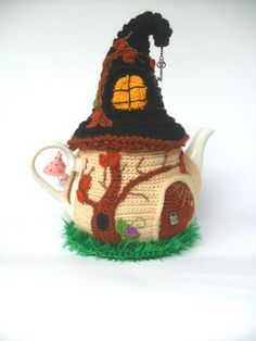 Coffee Cup Cozy, Mug Cozy, Warm Kitchen, Kitchen Decor, Pagan Festivals, Knit Art, Cool Mugs, Crochet Home, Handmade Toys