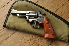 Smith & Wesson Model 19 Revolver - http://www.RGrips.com