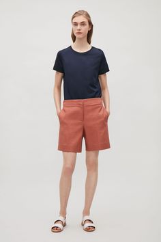 Made from durable, yet soft, cotton twill with a tactile finish, these shorts are a neat tailored style and fit. Designed to sit below the waist, they have clean in-seam pockets, a welt pocket at the back and neat press folds along the front.