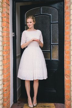 Two Original Vintage Ebay Wedding Dresses For A Low Cost, Elegant And Eco Friendly London Wedding